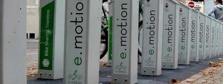 Onverzekerde maaltijdbezorger op e-bike